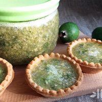 Как приготовить фейхоа с сахаром: рецепт на зиму без варки и консервирования в 3 вариантах