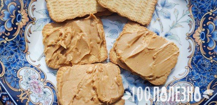 арахисовая паста с печеньем